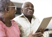 Grey Power: como os mais velhos consomem TV e conteúdo