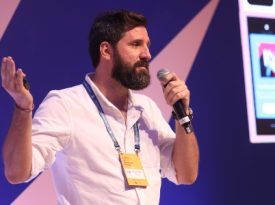 """Javier Piñol: """"No áudio, você é parte ativa da história"""""""