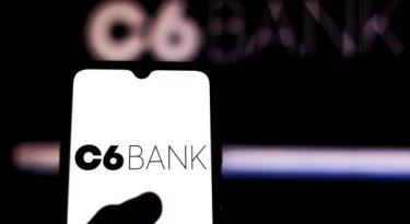 Bancos digitais investem em cesta completa