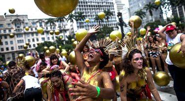 Carnaval de SP: quase R$ 1 bilhão ao comércio