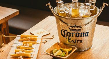 A estratégia por trás dos bares da Corona em São Paulo