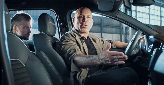 Bruno Gagliasso zoa lutador em comercial da Renault
