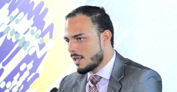 Global Data Bank admite diretor de relações governamentais