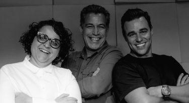 Podcast Cris X Cros, tem Ricardo Dias e Cris Naumovs entrevistando Luis Calainho