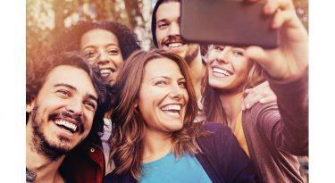 O comportamento dos millenials como vorazes consumidores omnichannel