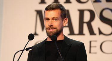 CEO do Twitter anuncia doação bilionária contra pandemia