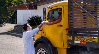 Marcas se unem para ajudar caminhoneiros
