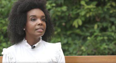 L'Oréal Paris contrata Thelma Assis como influenciadora