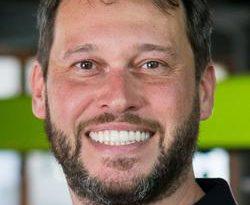 Adrian Ferguson lança HYPR para mobile media