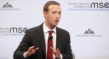 Funcionários do Facebook rejeitam silêncio frente à Trump