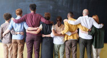 Trampos.co realiza parcerias para promover diversidade no trabalho