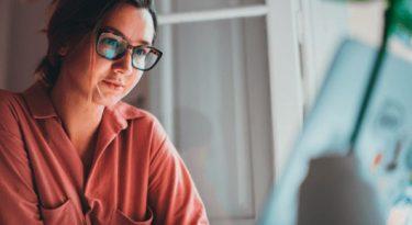 Cadastra lança Programa de Aceleração e Liderança Digital para profissionais de marketing digital.