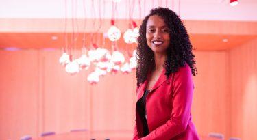 Helena Bertho assume comunicação na L'Oréal