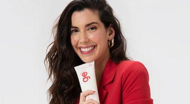 Camila Coutinho: da moda à beleza
