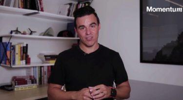 Ricardo Dias da Ambev propõe entreter, e não interromper