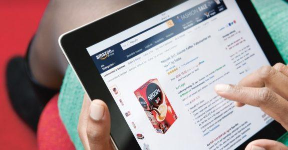 Receita publicitária da Amazon cresce 83% no trimestre