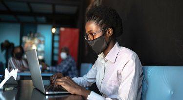 Indique uma Preta analisa inclusão de mulheres negras