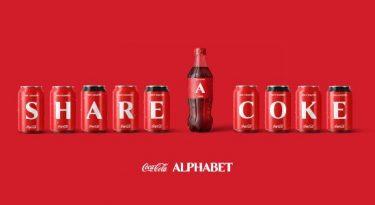 Para engajar público, Coca-Cola leva letras às embalagens