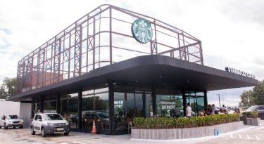 Starbucks estreia formato drive-thru no Brasil