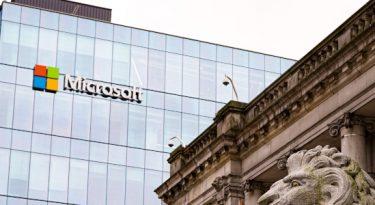 Microsoft: Google e Facebook devem pagar publishers