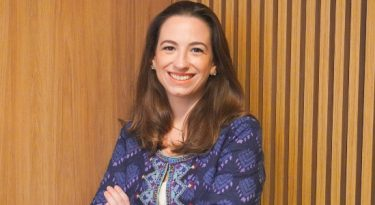 Bullet anuncia volta de Flavia Baccari como líder de PR