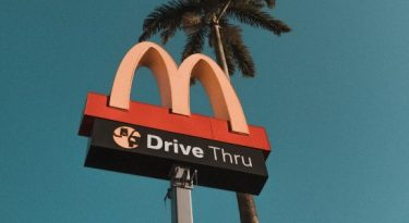 McDonald's fará treinamento antiassédio em suas 39 mil lojas