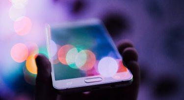 Bancos e streaming dominam investimento em social