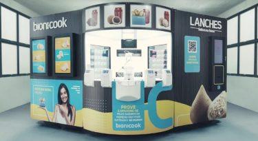 Como funciona o fast food robotizado do Aeroporto de Guarulhos