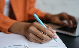 AKQA reabre curso para capacitar estudantes periféricos