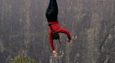 """Méqui lança """"piscininha de cheddar"""" com bungee jump"""