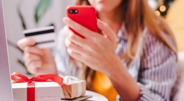Dia dos Namorados: Pix e carteira digital crescem
