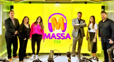 Massa FM apresenta nova equipe em São Paulo