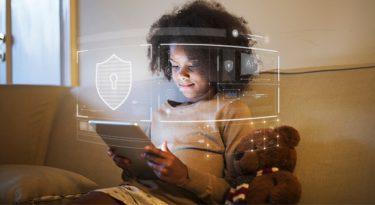 Como o mercado avalia a privacidade de menores nas redes