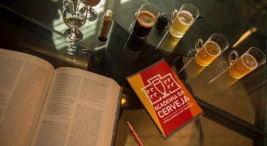 Ambev e Editora Krater buscam escritor de livro sobre cerveja