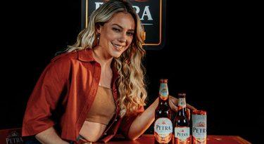 Paolla Oliveira se torna embaixadora da Petra Origem