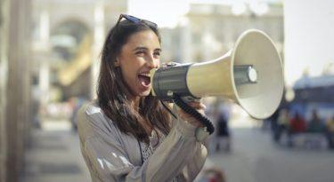Como usar sua voz para compartilhar suas ideias?