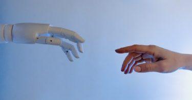 Inteligência artificial pode ser benéfica ao mercado de trabalho?