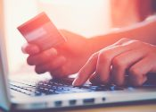 Consumidores esperam que lojas físicas se tornem smart stores
