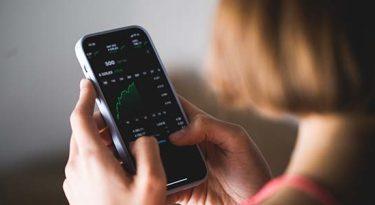 InfoMoney e Fliper se fundem em app de investimentos