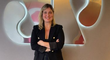 TV Jovem Pan News apresenta diretora de negócios